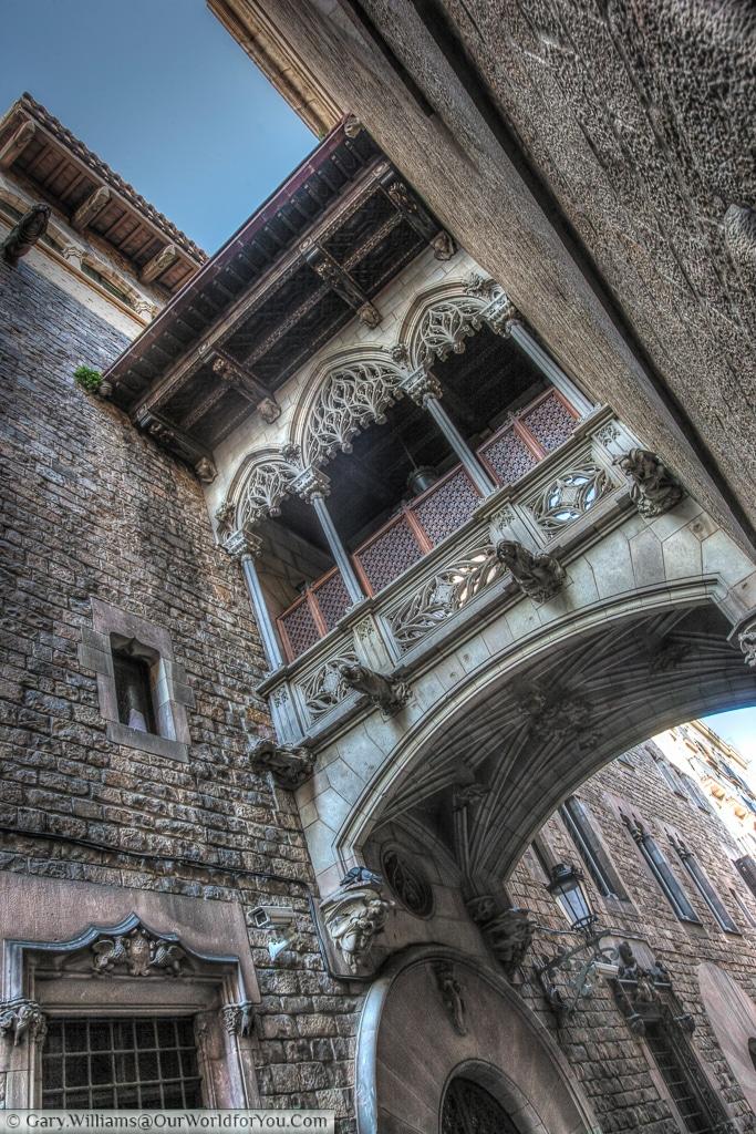 Carrer del Bisbe in the Gothic Quarter, Barcelona, Spain