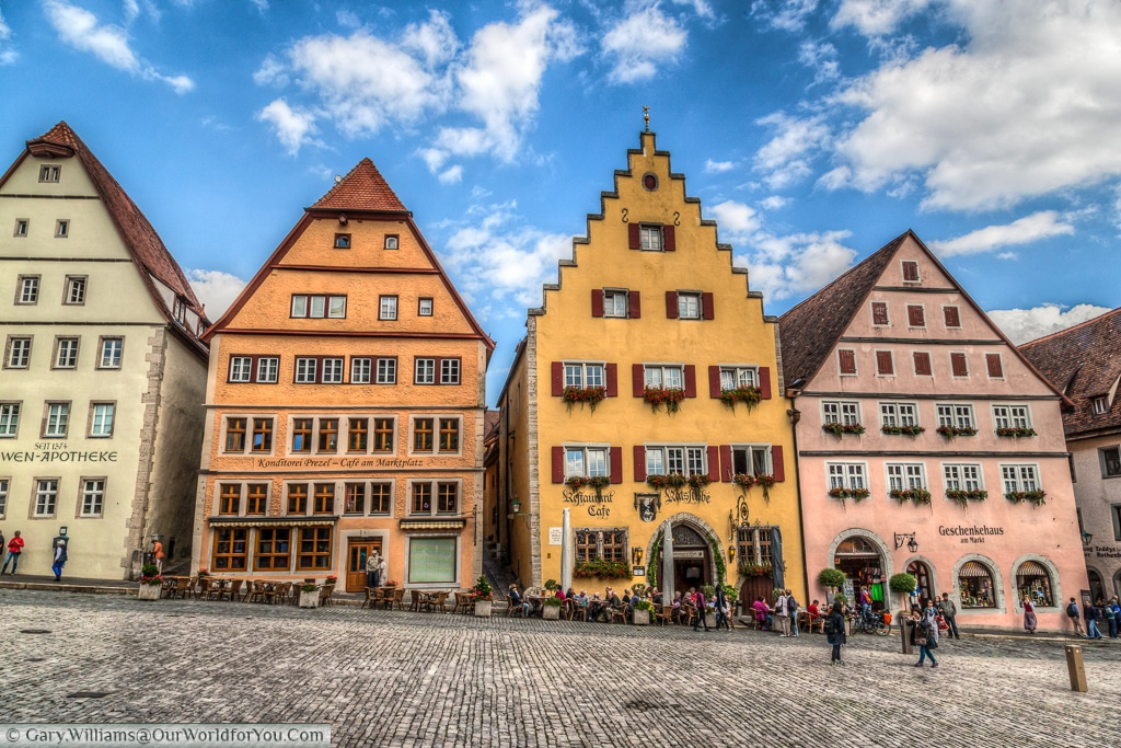 Marktplatz, Rothenburg ob der Tauber, Bavaria, Germany
