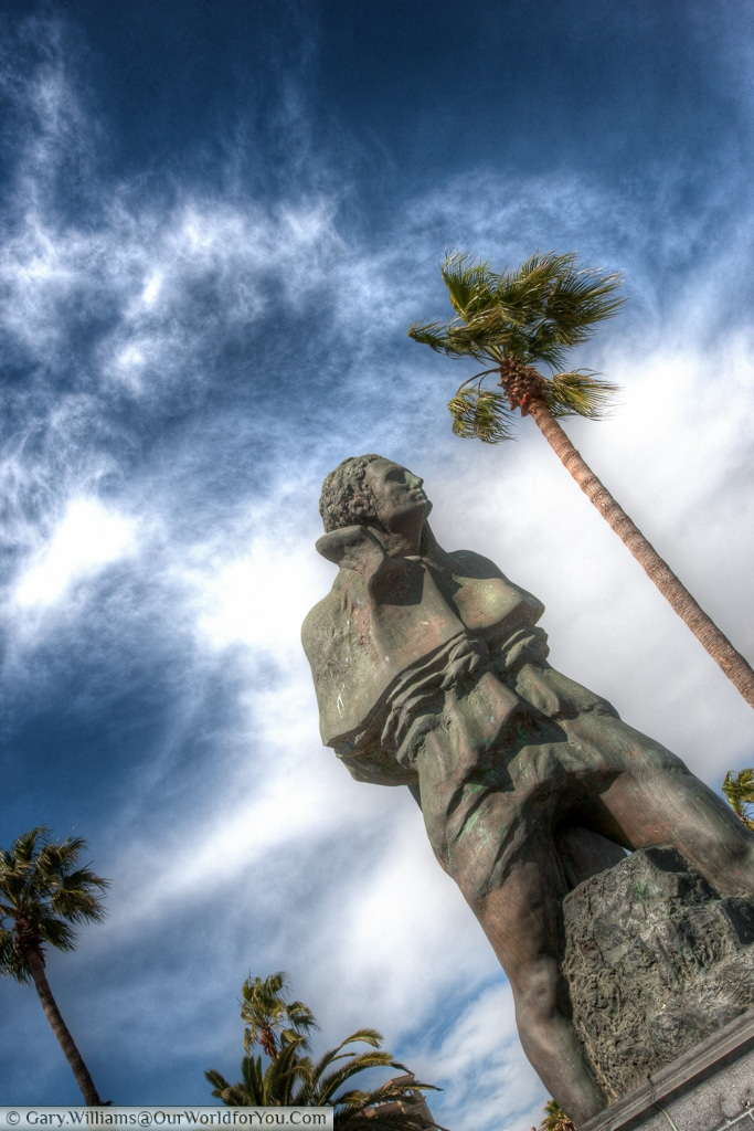 Monument to Joan Salvat-Papasseit, Barcelona, Spain
