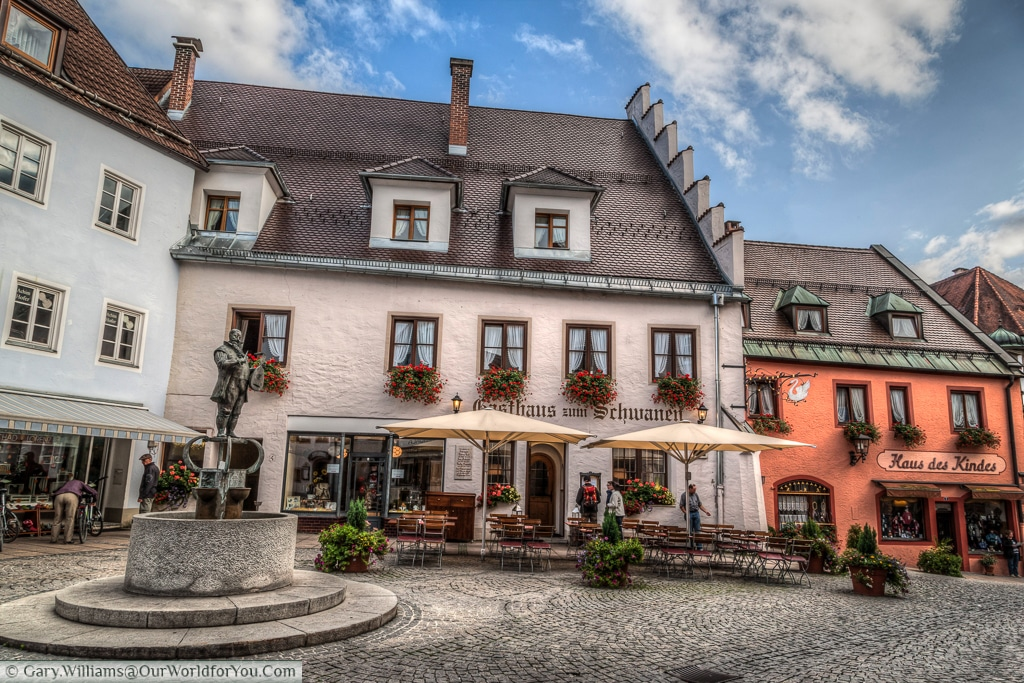 Restaurants in the old town, Füssen,Bavaria, Germany