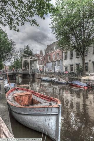 Staalmeestersbrug - a classic Dutch drawbridge, Amsterdam, The Netherlands