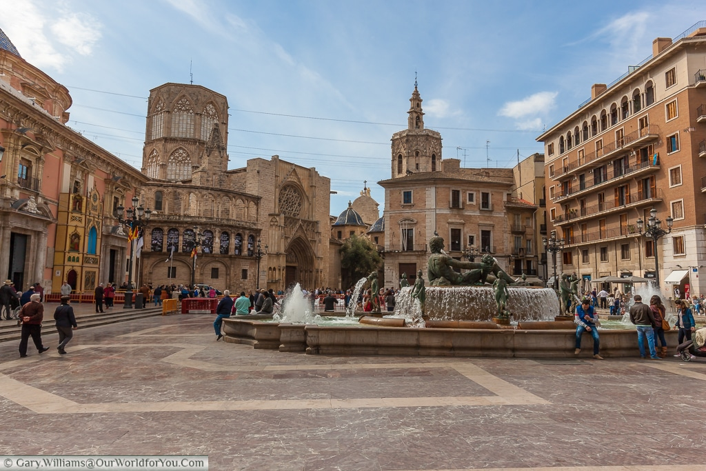 12 reasons to enjoy the sunshine in Valencia, Spain
