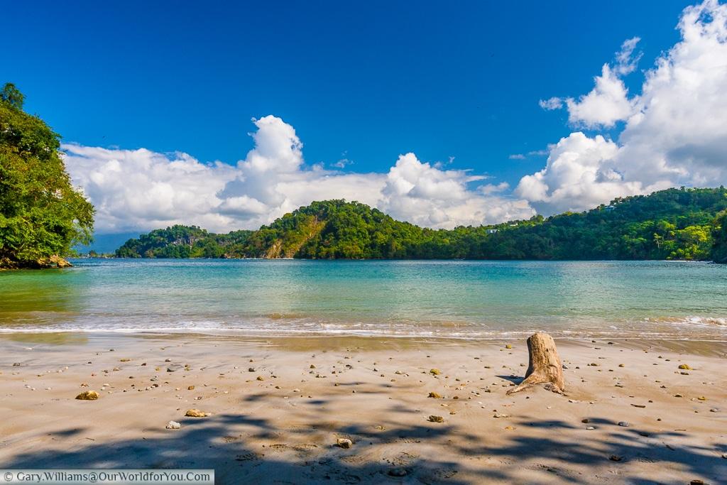 A very quiet Costa Rican beach, set in a bay in Manuel Antonio