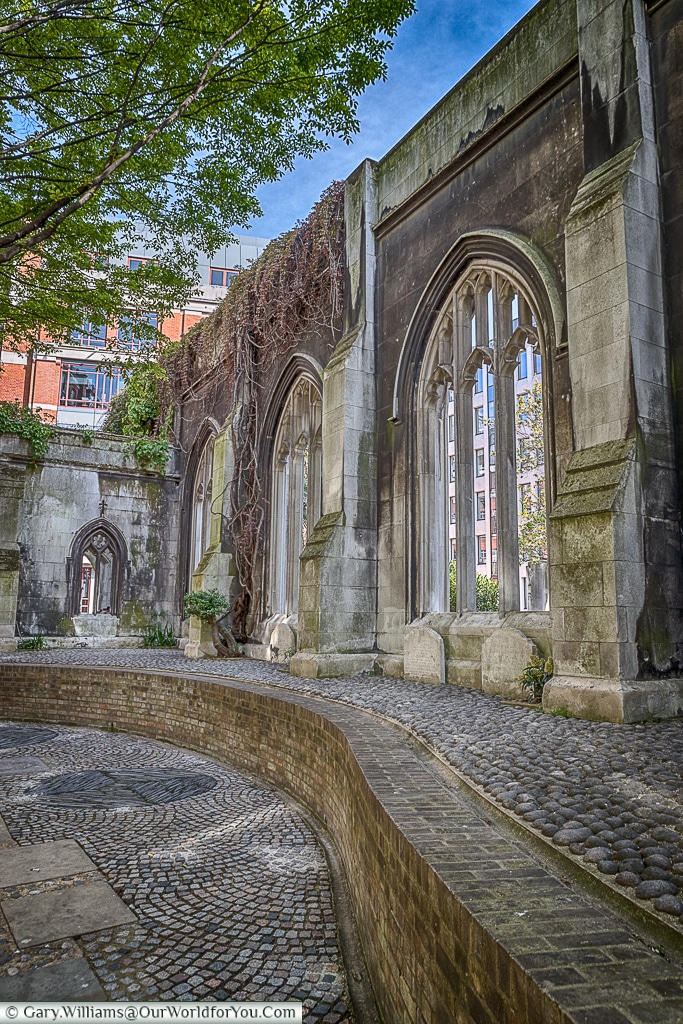 Never forgotton, St Dunstan's in the East, City of London, UK