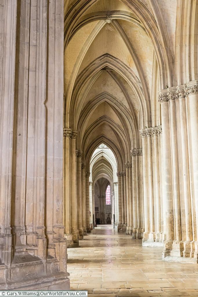 The cloisers of Cathédrale Saint Pierre Saint Paul, Troyes, Champagne, Grand Est, France