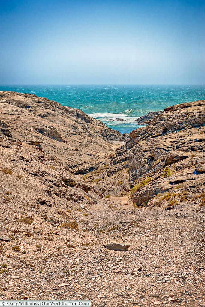 Valley to the sea,Lüderitz, Namibia