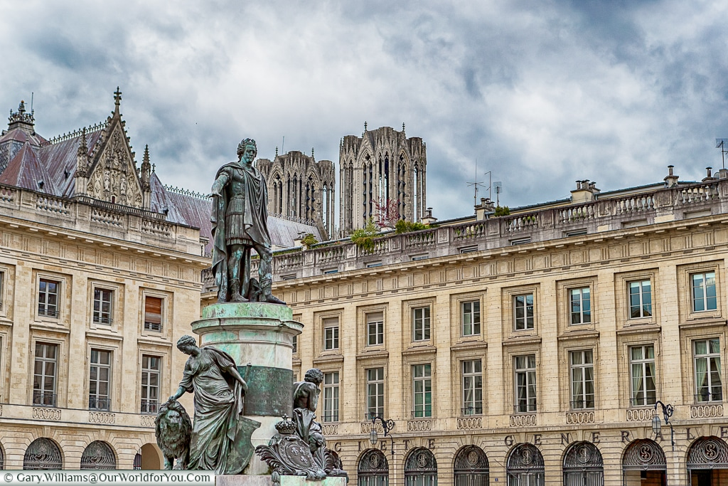 Place Royale, Reims, Champagne Region, France
