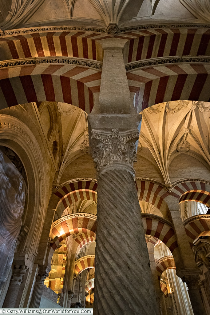 The beautiful columns of the Mezquita, Cordoba, Córdoba, Spain
