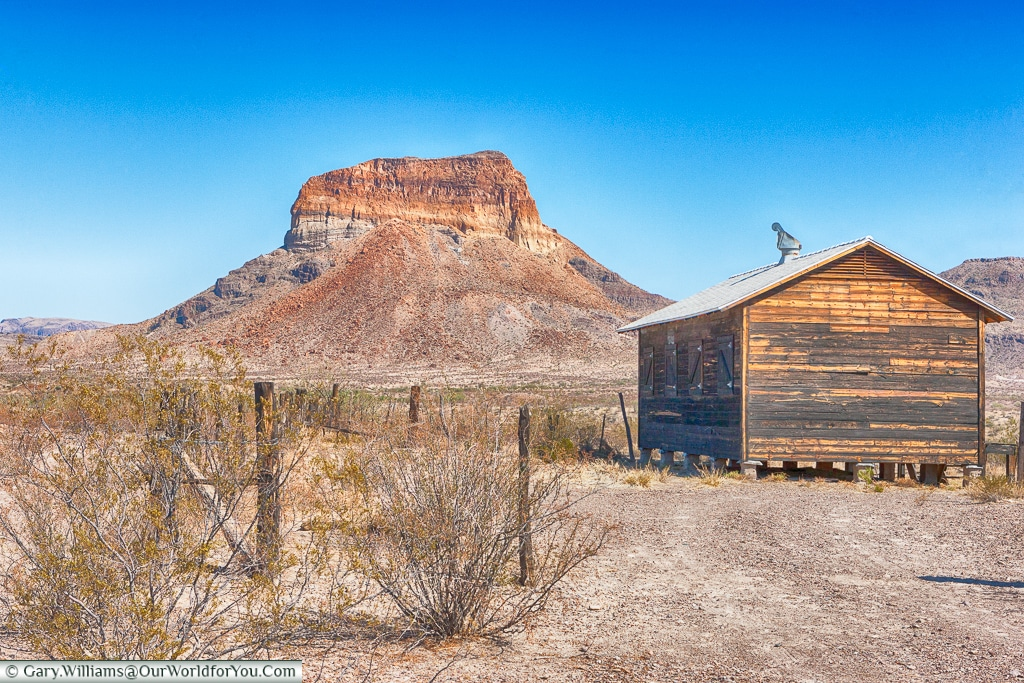 A messa shaped over time, Big Bend NP, Texas, America, USA