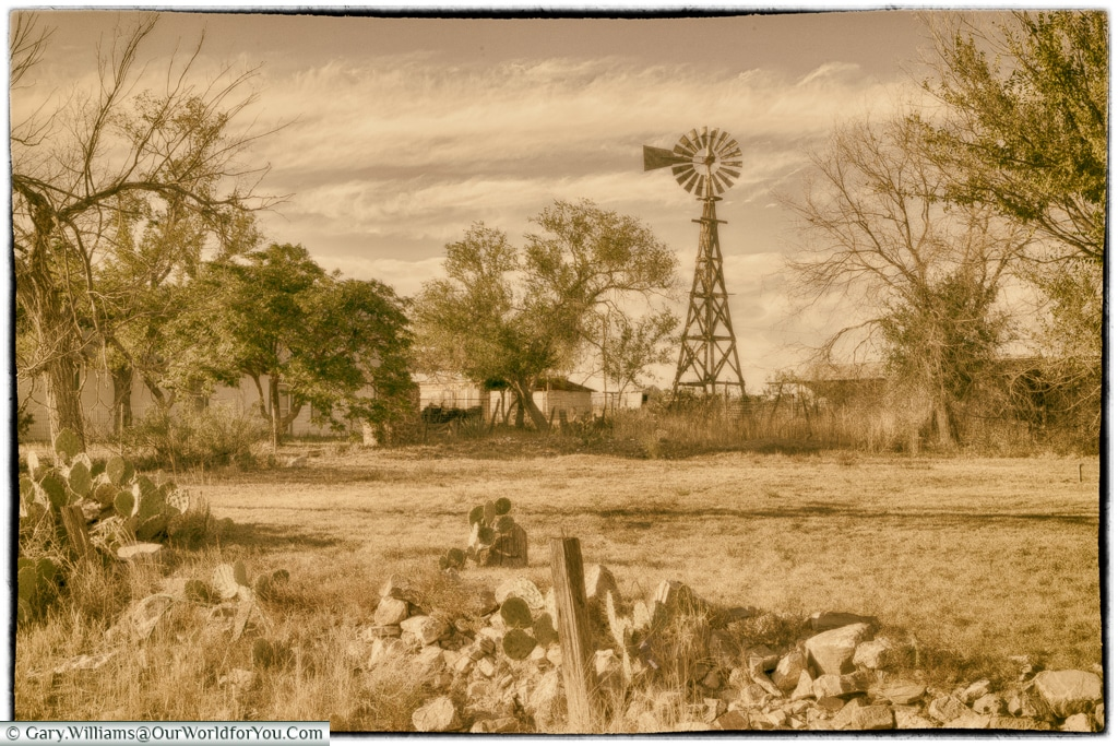 From another time, Marathon, Texas, USA