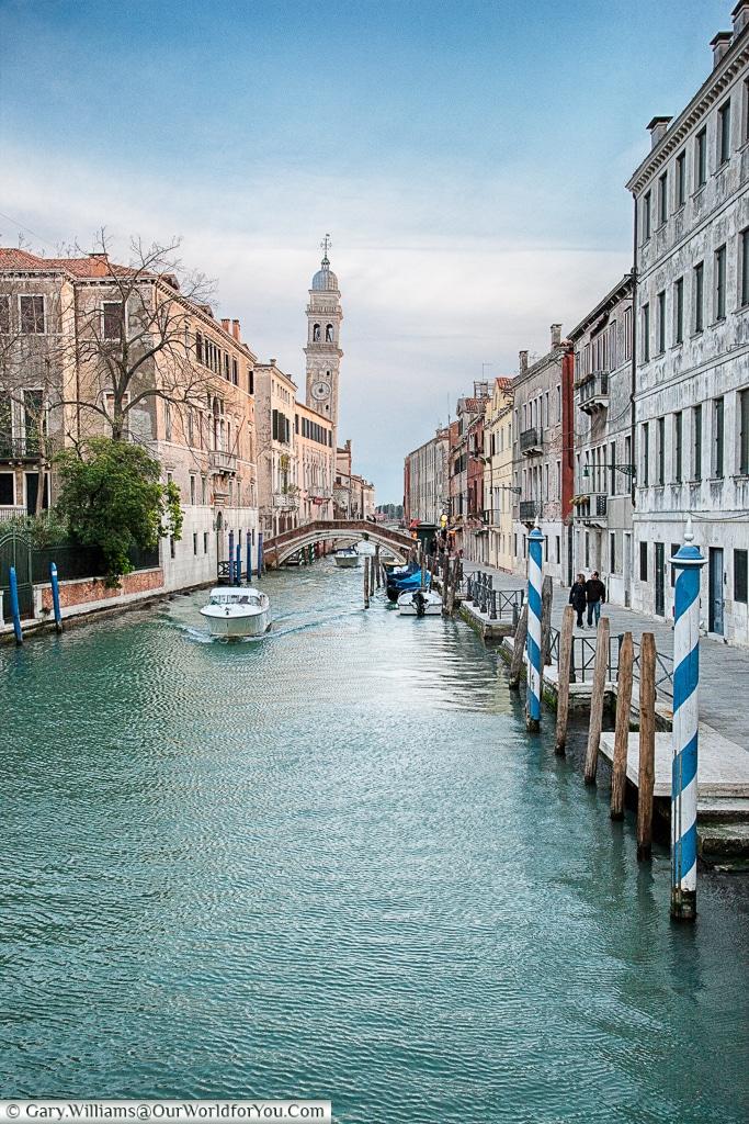 Looking down Rio de la Pleta, Venice, Italy