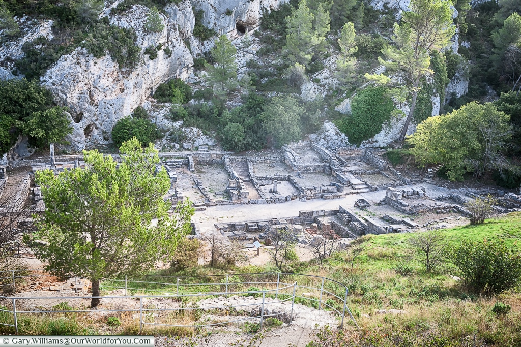 Climb up to get a better view, Glanum, Saint-Rémy-de-Provence, France