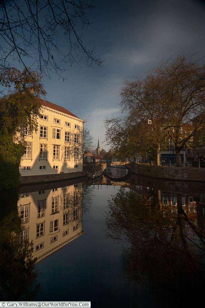 The quiet canals, Bruges, Belgium