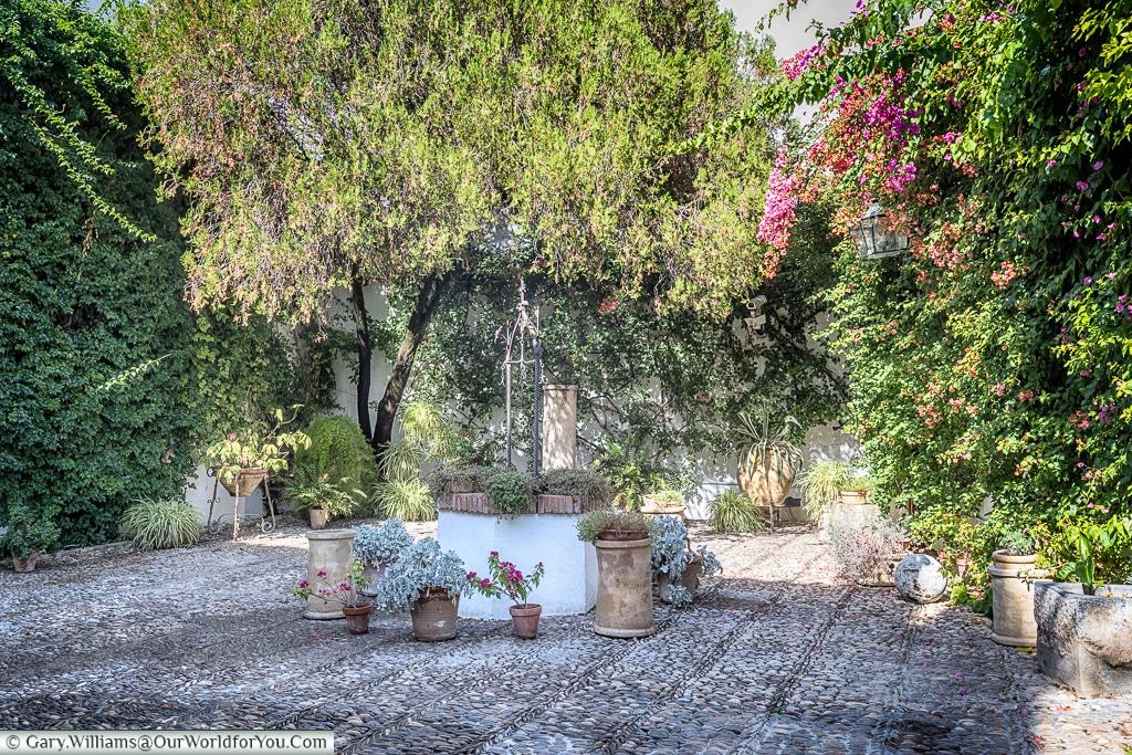 The well in the Courtyard of the Well, Palacio de Viana, Córdoba, Spain