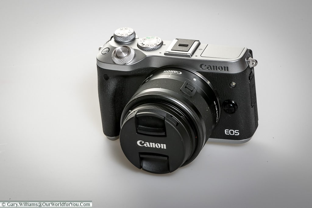 Canon EOS M6 Camera