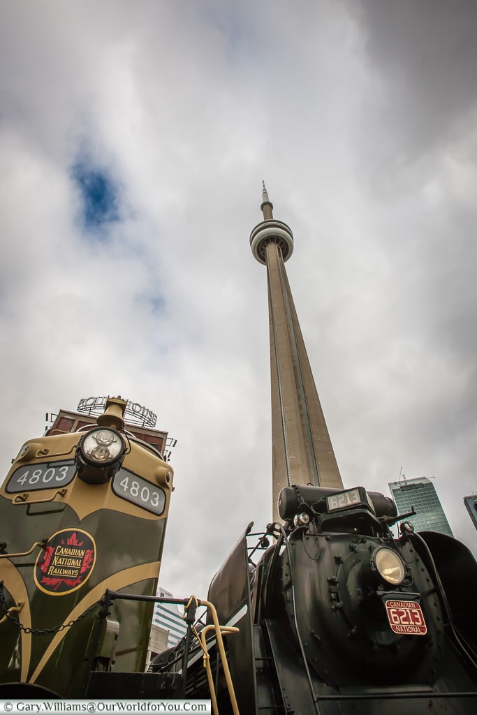Looking up at the CN tower from Roundhouse Park, Toronto, Canada