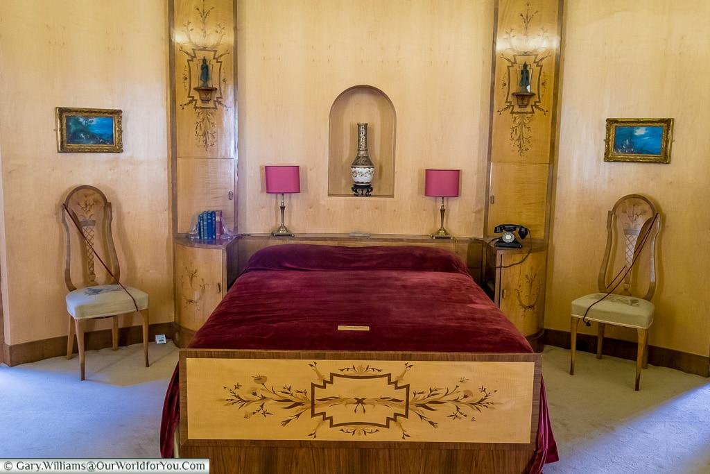 Virginia's Bedroom, Eltham Palace, London, England, UK