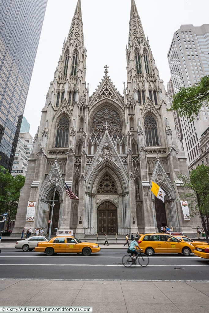 St. Patricks Cathedral, Manhattan, New York, USA