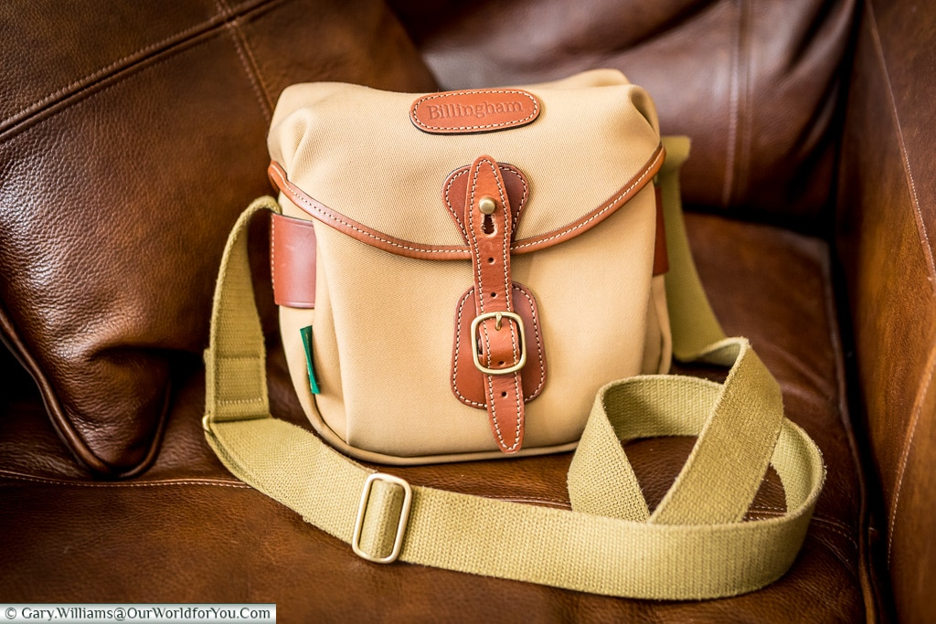 Stylish, timeless looks, Billingham Hadley Digital, Billingham B