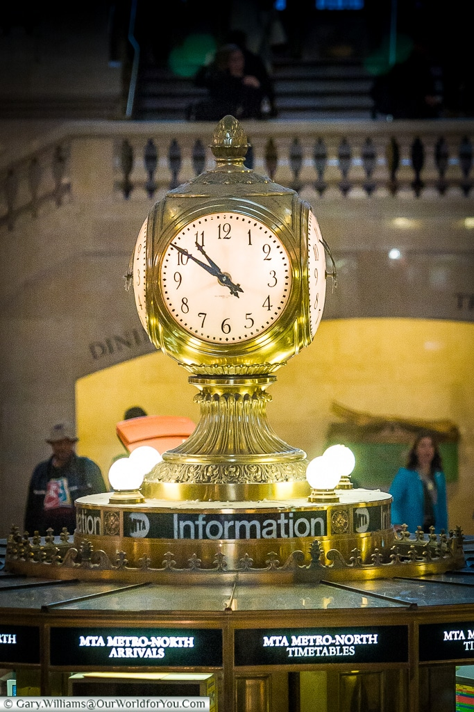 The clock in Grand Central concourse, Manhattan, New York, USA