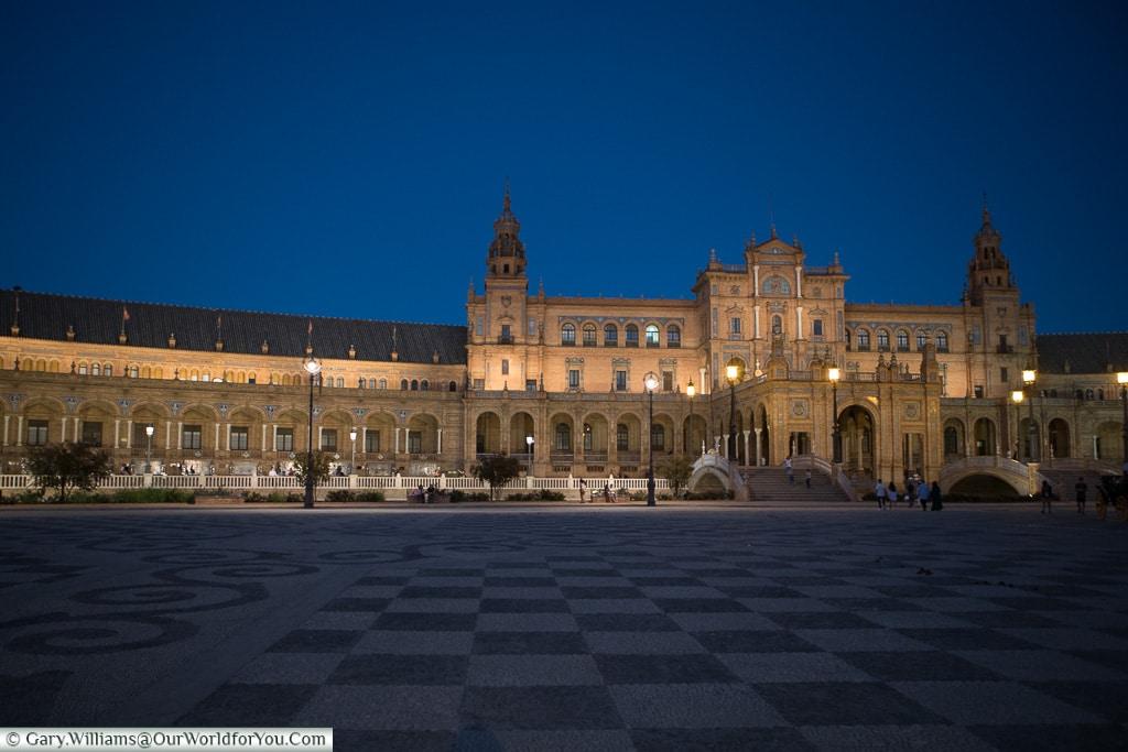 Plaza de España at dusk, Seville, Andalusia, Spain