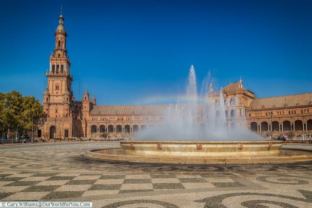 The fountain in the Plaza de España, Seville, Andalusia, Spain