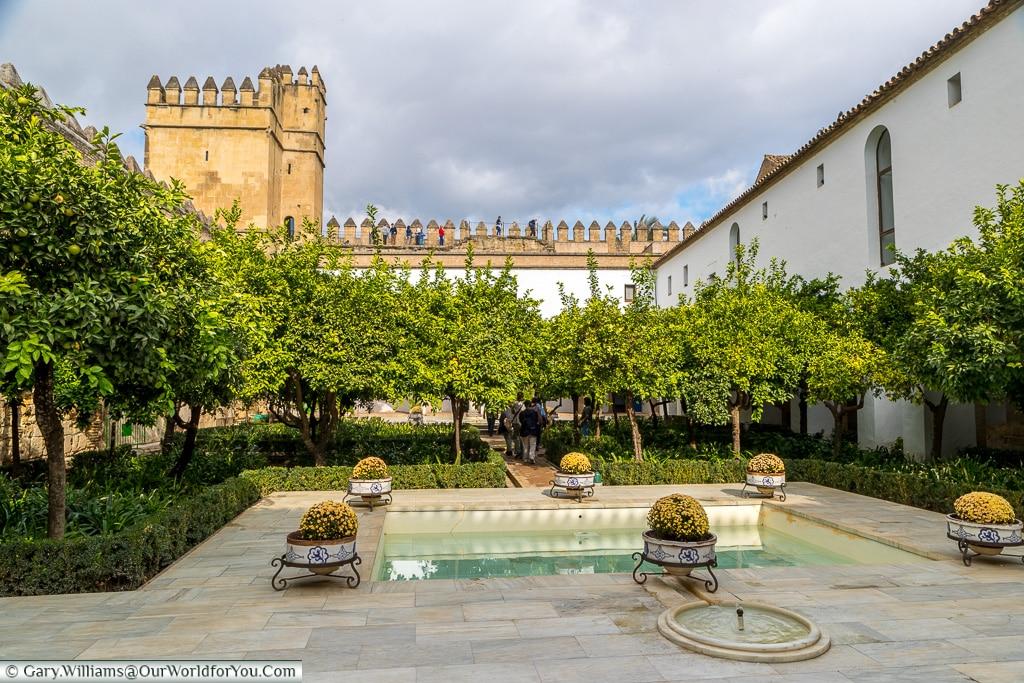 Inner Mudejar Courtyard, Alcázar de los Reyes Cristianos, Cordoba, Córdoba, Spain