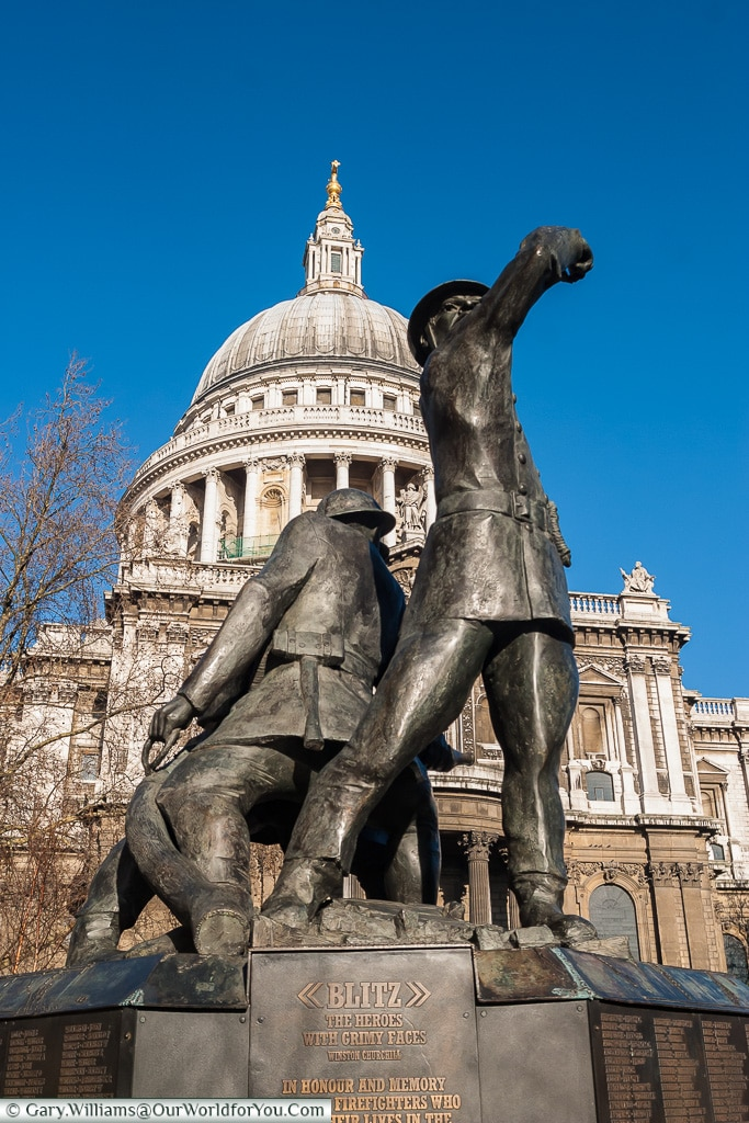 The monument to the Heroes of the Blitz, City of London, London, England, UK