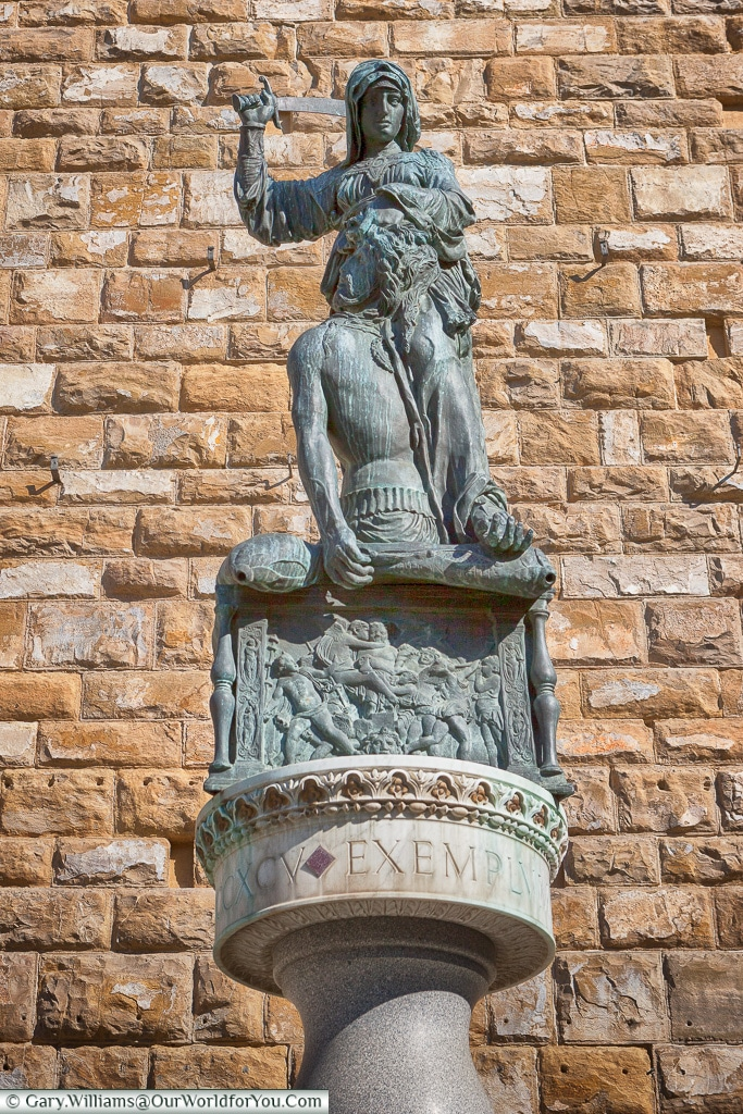 Statue of Judith and Holofernes, Florence, Tuscany, Italy