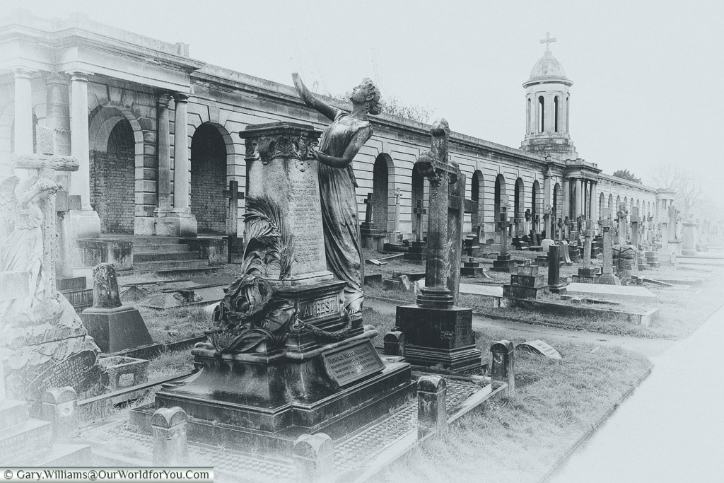 A timeless place, Brompton Cemetery, London, England, UK