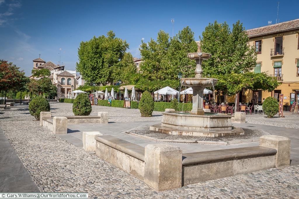 Fuente del Paseo de los Tristes, Granada, Spain