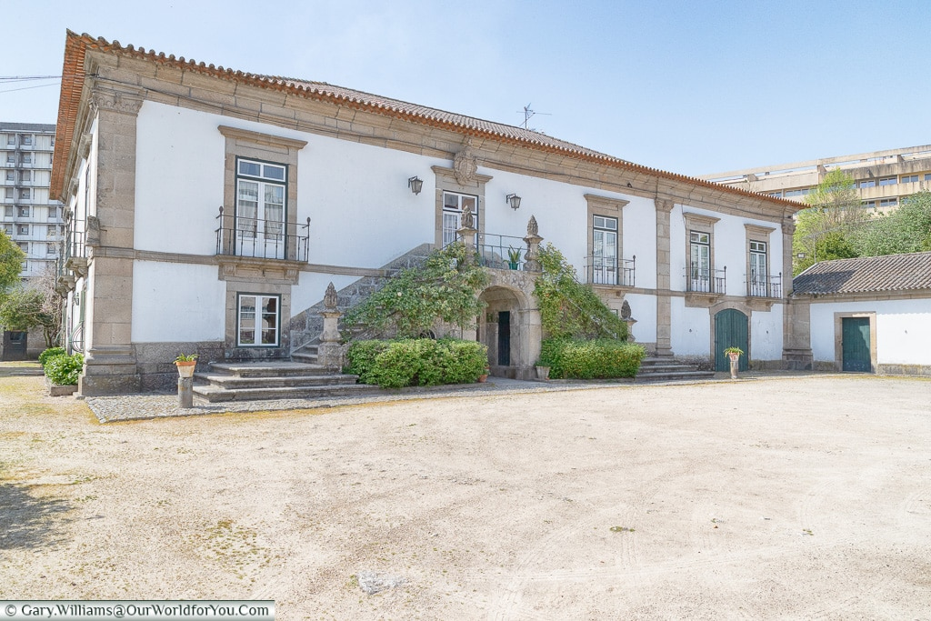 Casa Dos Pombais, Guimarães, Portugal