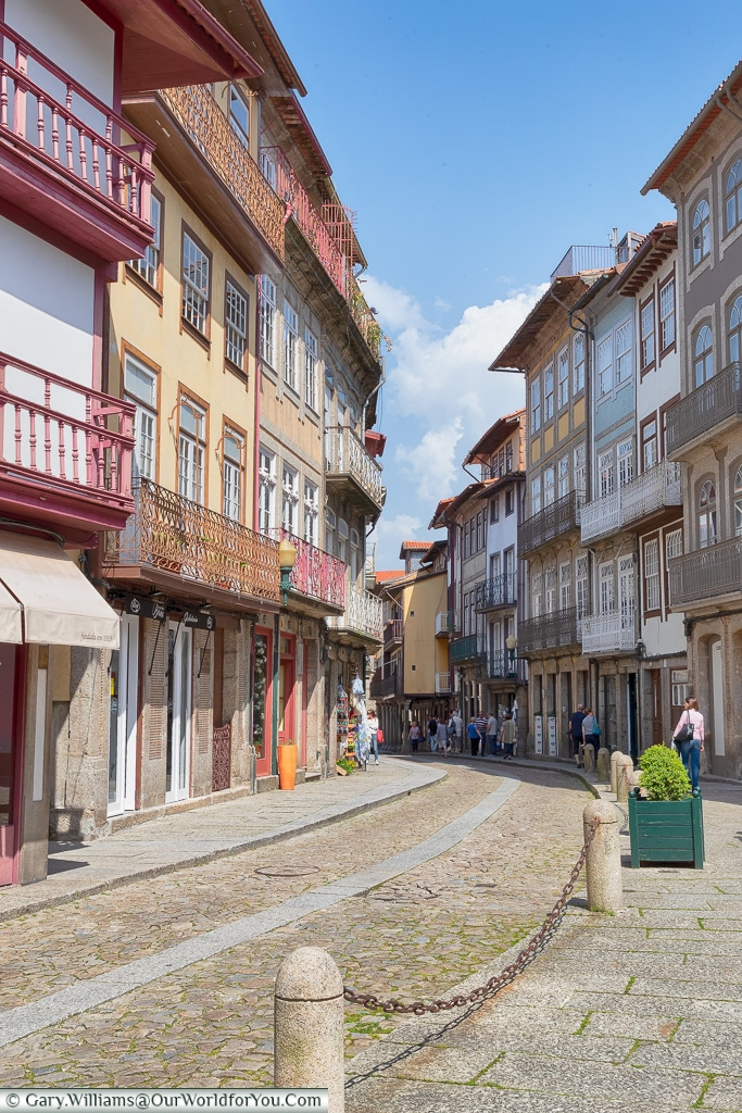 Strolling the lanes of Guimarães, Portugal