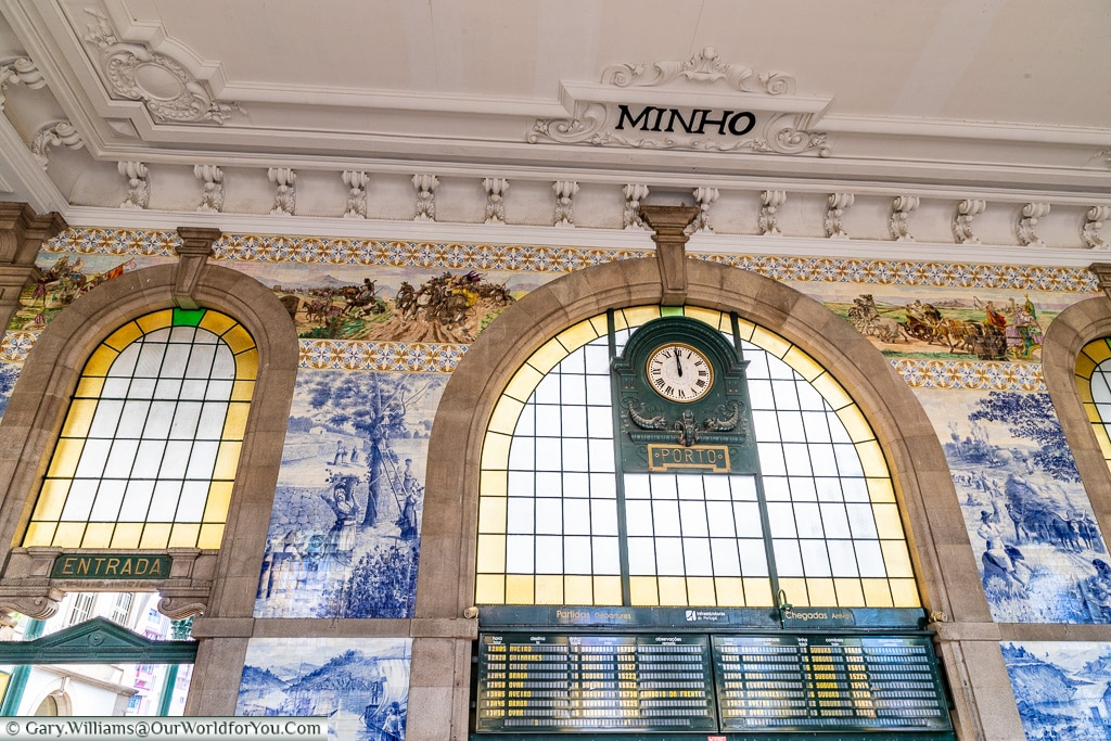 The lobby hall of the Porto train Station, Portugal