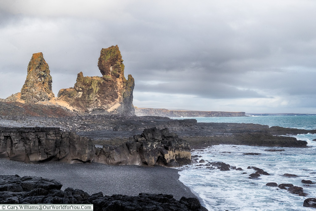The shoreline at Londrangar, Iceland