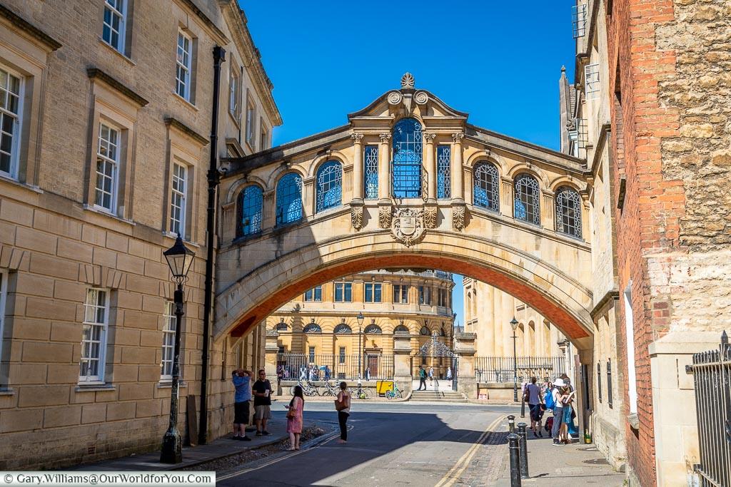 The Hertford Bridge or Bridge of Sighs, Oxford, England, UK