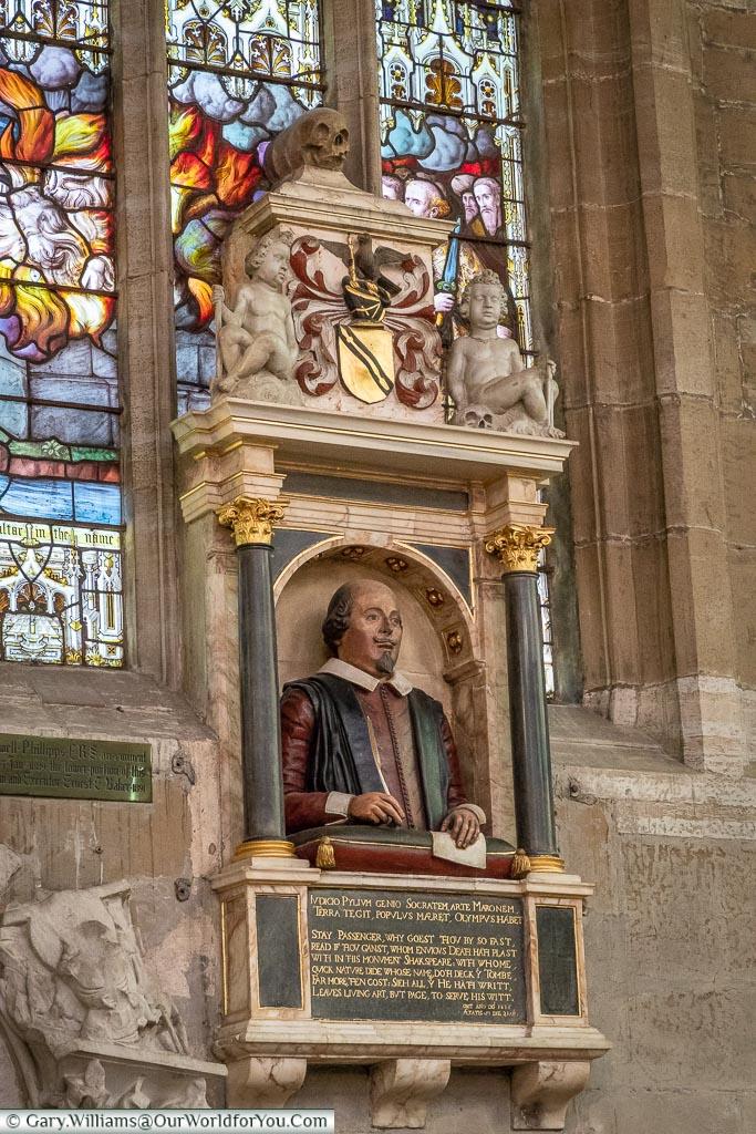 Monument to Shakespeare, Stratford-upon-Avon, Warwickshire, England, UK
