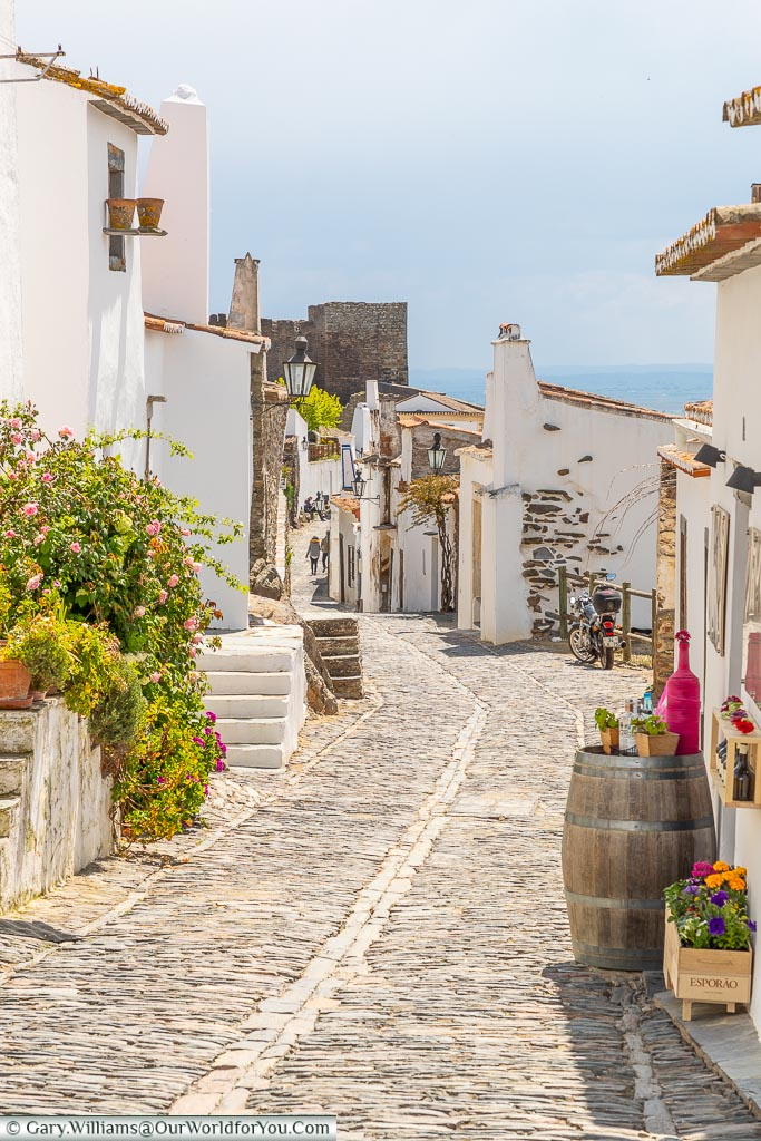 The cobbled streets, Monsaraz, Portugal