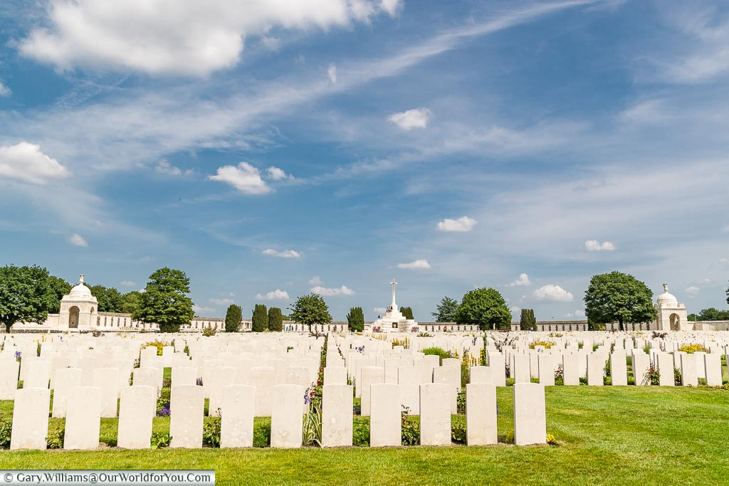 The full view of the cemetery, Tyne Cot, Passchendaele, Belgium