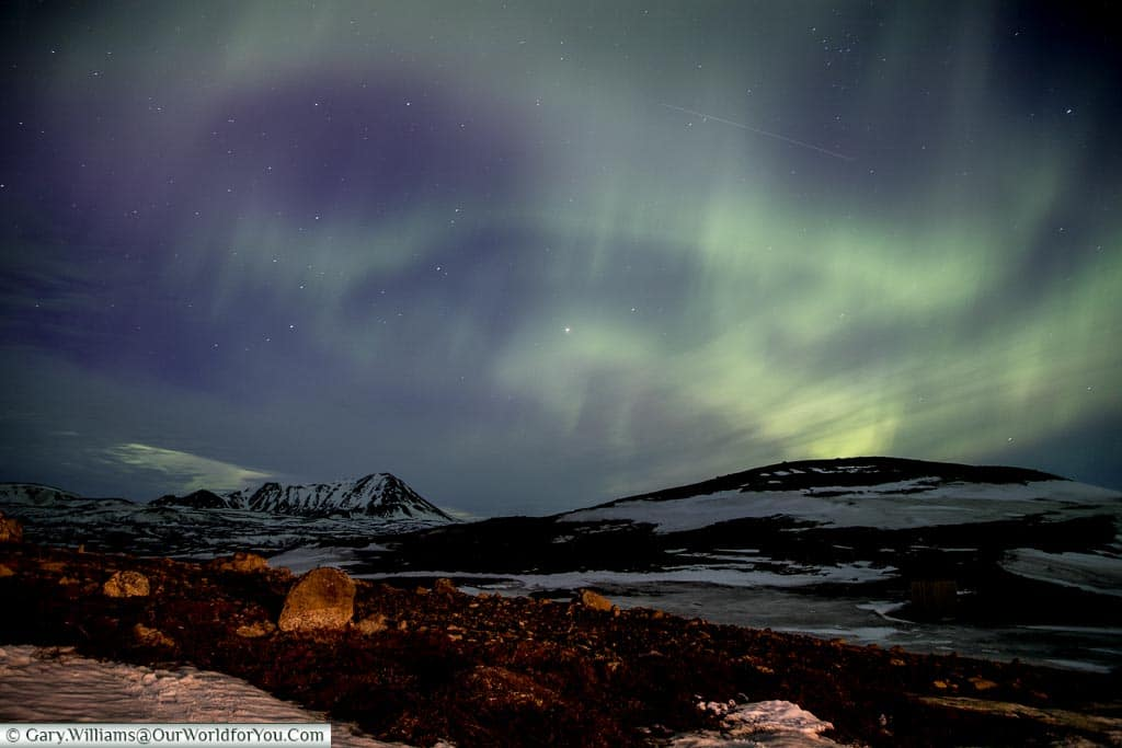 The dancing sky of Northern Lights at Reykjahlíð, Eastern Iceland