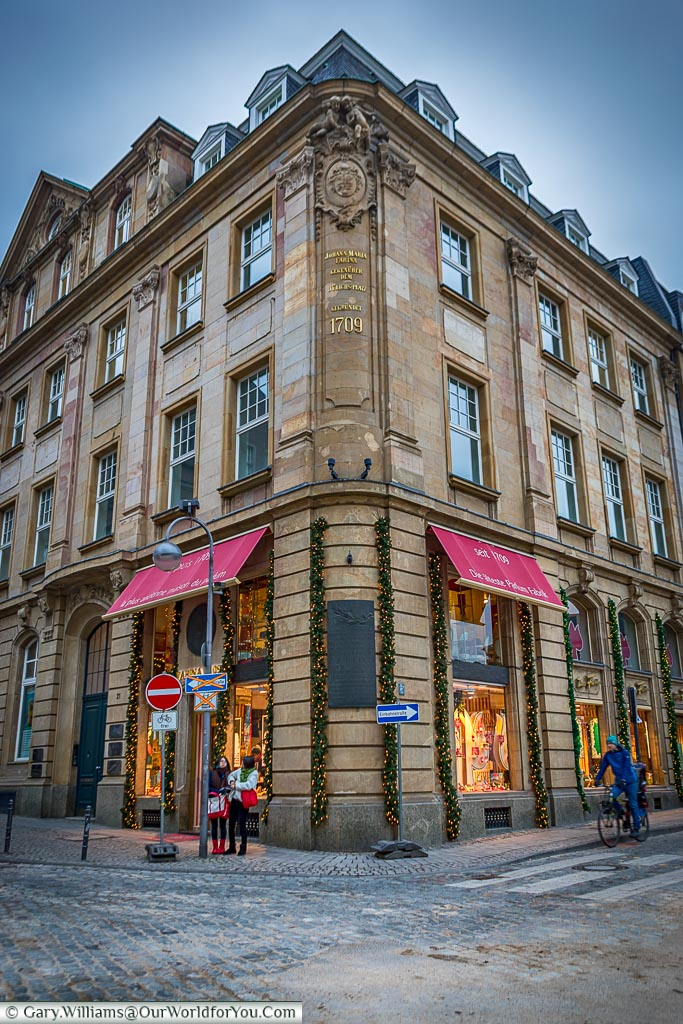 An elegant classical corner store where in 1709 Johann Maria Farina developed the first Eau de Cologne. The building is now home to the Fragrance Museum.  One of those things to do other than the Christmas markets.