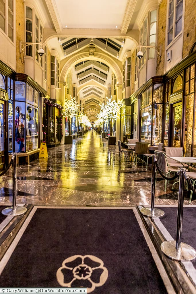 Burlington Arcade, Christmas, London, England, UK