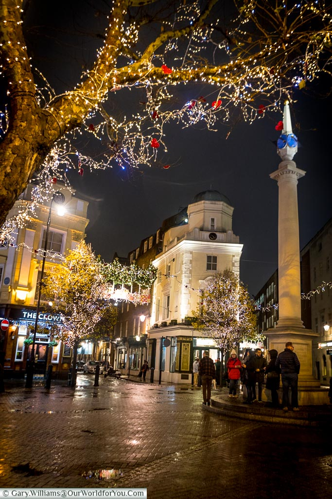 Seven dials at Christmas, Christmas, London, England, UK