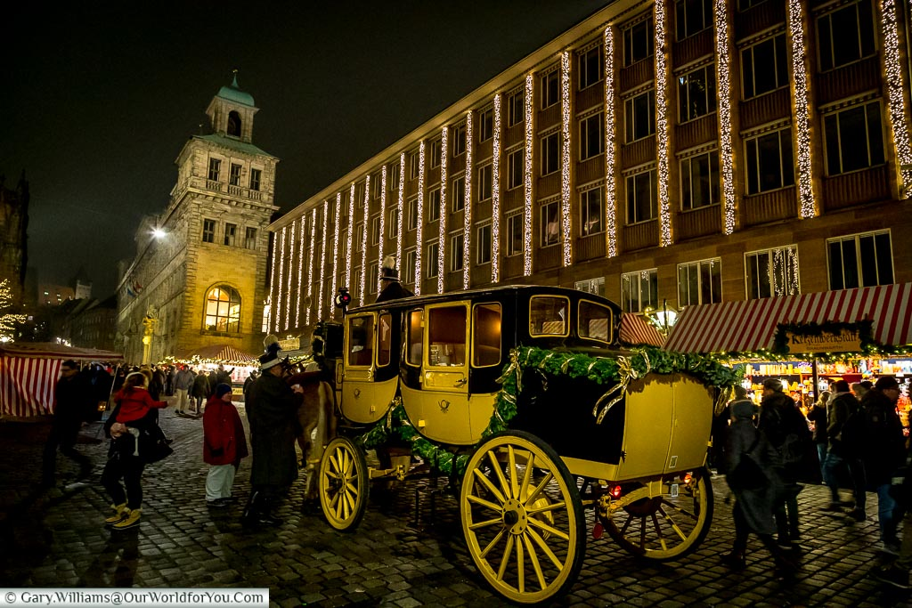 The horse & carriage waiting in Nuremberg, Germany