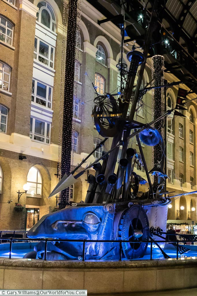 The Navigators Sculpture in Hays Galleria, London at Christmas,