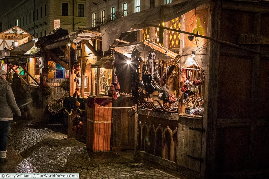 Traditional crafts at the Medieval market, Munich, Germany