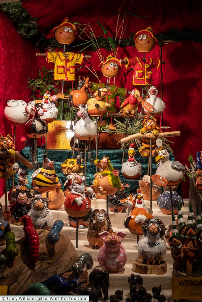 Gifts for everyone, Bremen, German Christmas Markets, Germany