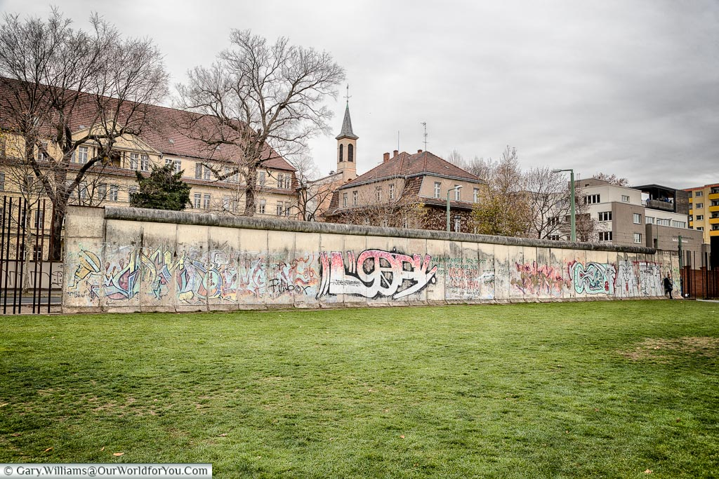 Sections removed from the Berlin Wall, places to see, things to do in Berlin, Visit Germany