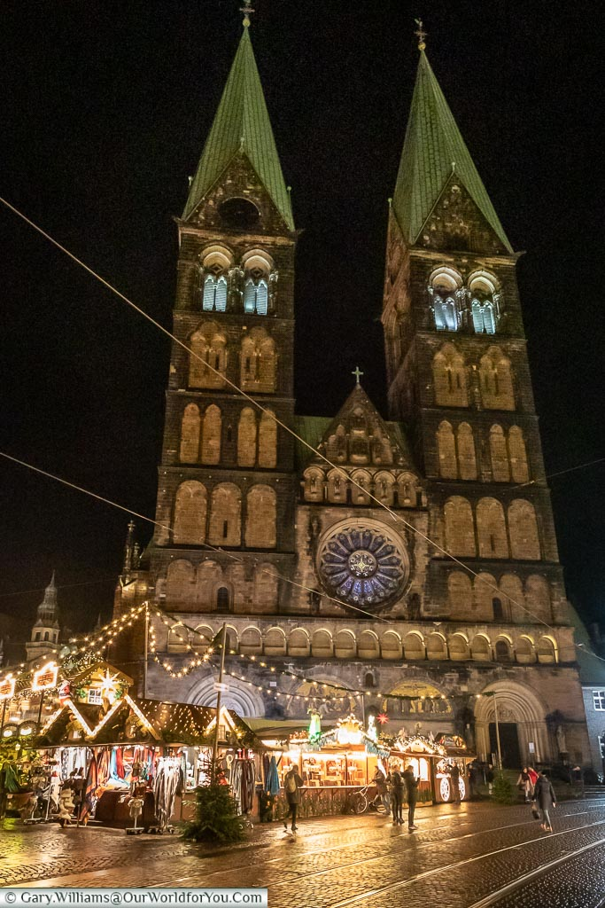 The Dom at night, Bremen, German Christmas Markets, Germany