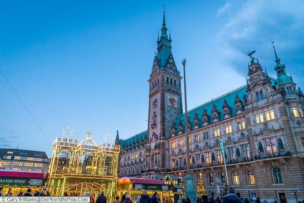 The Hamburg Rathaus with with the market in front, Hamburg German Christmas Markets, Germany